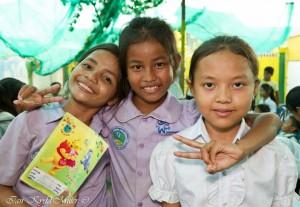 CAMBODIA GIRLS2